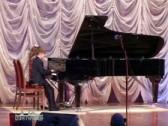 Видеосюжет о фортепианном отделении школы.