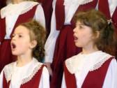 Видеосюжет о хоровом отделении школы.
